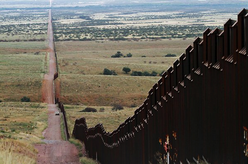 Inminente decisión final del proyecto ganador del muro: Trump