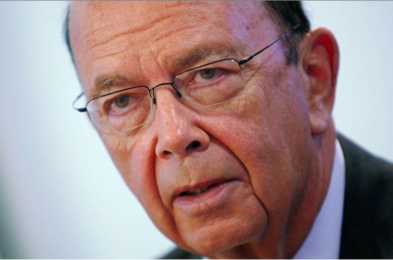 Wilbur Ross refuta haber ocultado reportes de sus negocios con rusos