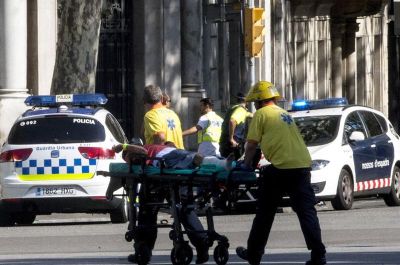 Al menos 13 muertos tras ataque terrorista con atropello masivo en Barcelona