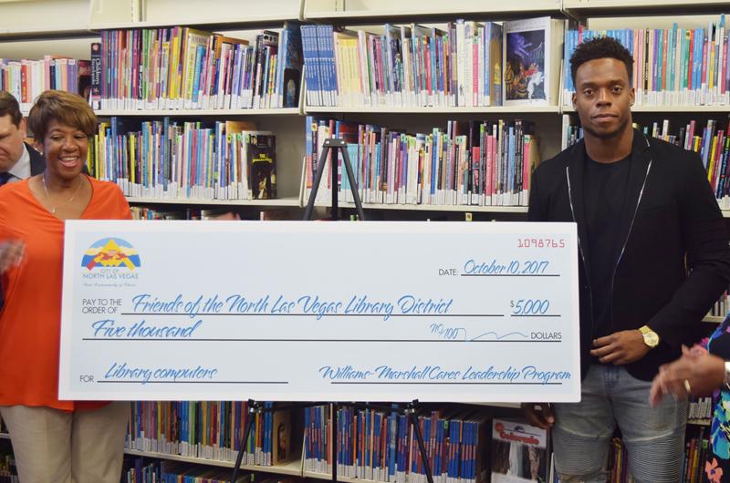 Realizó Brandon Marshall un importante donativo para libros