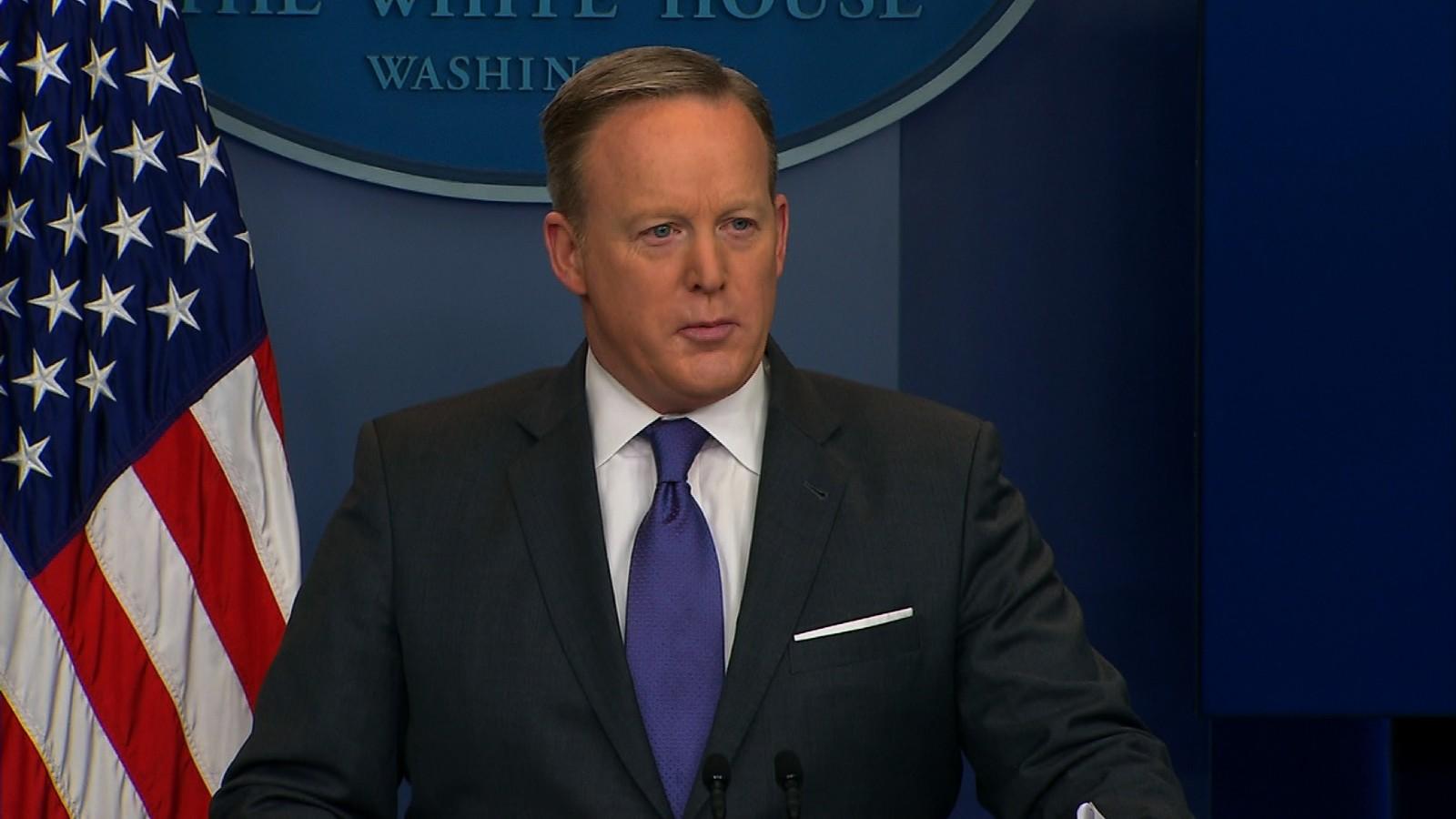 Presenta renuncia a Trump director de Comunicaciones de la Casa Blanca