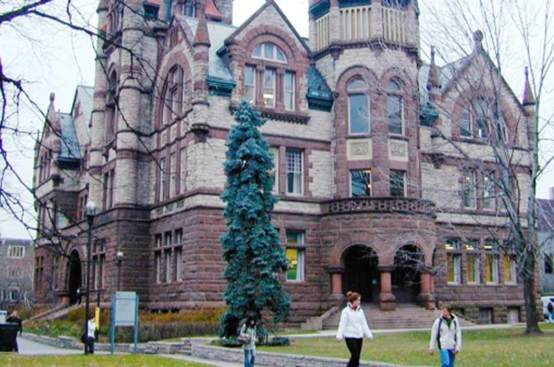 Universidad de Toronto busca atraer más estudiantes mexicanos