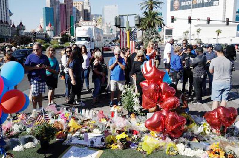 Anuncian fondos para víctimas de matanza en Las Vegas