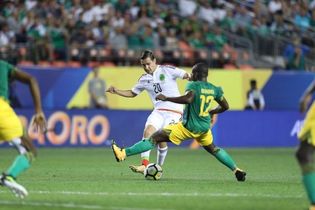 México empata con Jamaica y sin goles